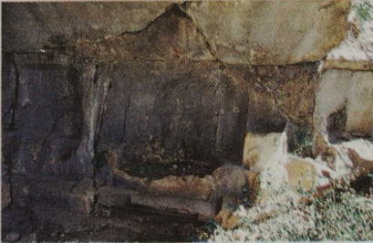 tafos alketa Ο τάφος ενός επώνυμου Μακεδόνα στα βουνά της Πισιδίας